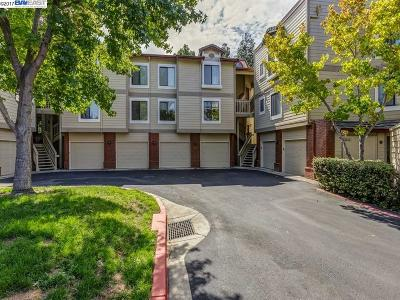 Pleasanton Condo/Townhouse For Sale: 3312 Smoketree Commons