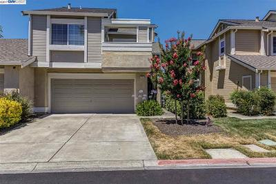 Pleasanton Condo/Townhouse For Sale: 4129 Moller Dr