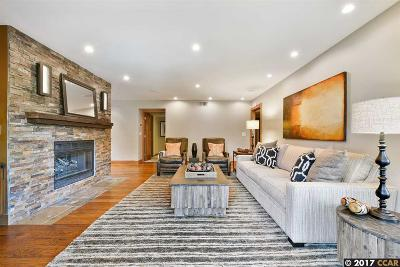 Walnut Creek Condo/Townhouse For Sale: 1630 San Miguel Dr