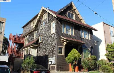 Berkeley Multi Family Home For Sale: 2321 Blake Street