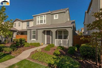 Mountain House Single Family Home For Sale: 209 W Arcadia St