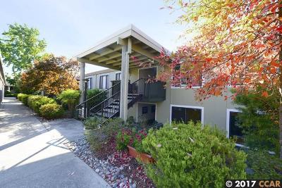 Walnut Creek Condo/Townhouse For Sale: 2709 Golden Rain Rd #12
