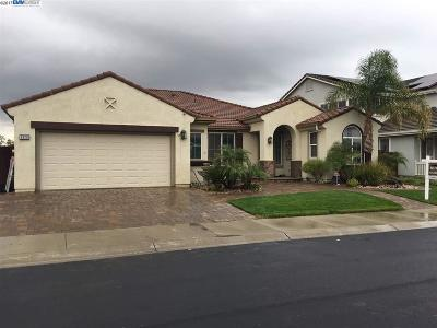 Discovery Bay Single Family Home For Sale: 6928 New Melones Circle