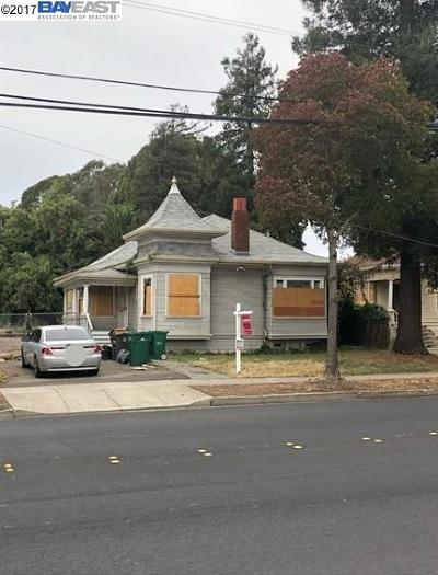 Hayward Single Family Home For Sale: 1436 B St
