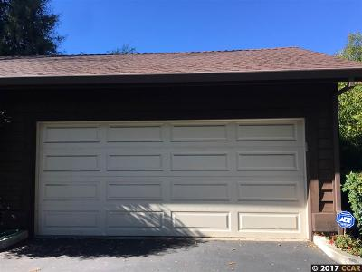 Walnut Creek Condo/Townhouse For Sale: 233 Charter Oak Circle