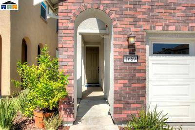 Tracy Condo/Townhouse For Sale: 1669 Union Lane