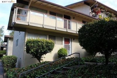 Pinole Condo/Townhouse For Sale: 2940 Estates Ave #4
