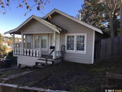 Martinez Single Family Home For Sale: 116 Foster St