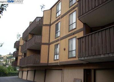 San Leandro Condo/Townhouse For Sale: 16363 Saratoga St #202E