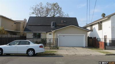 Single Family Home New: 453 B St