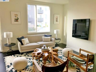 San Francisco Condo/Townhouse For Sale: 555 Innes Avenue #408