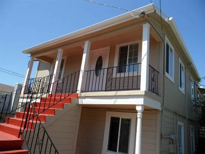 Oakland Multi Family Home For Sale: 1251 82nd Ave