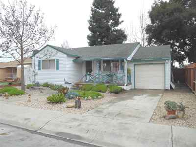 San Leandro Single Family Home For Sale: 458 Nabor