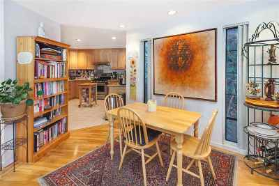 Berkeley CA Condo/Townhouse New: $889,000