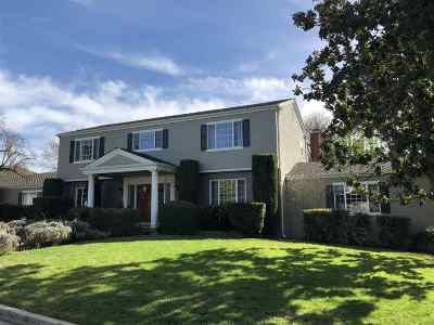 Roundhill Country Club, Roundhill North, Roundhill Oaks Single Family Home For Sale: 2342 Royal Oaks Dr