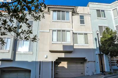 San Francisco Single Family Home For Sale: 16 Lois Ln