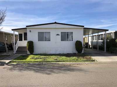 San Leandro Mobile Home For Sale: 124 Santa Teresa