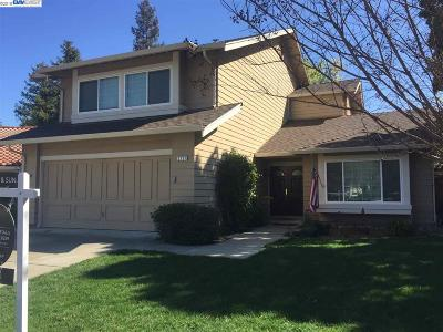 Pleasanton Single Family Home New: 2727 Corte Ponderosa