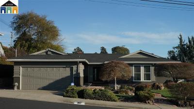 Rodeo Single Family Home Pending: 867 Elm Dr