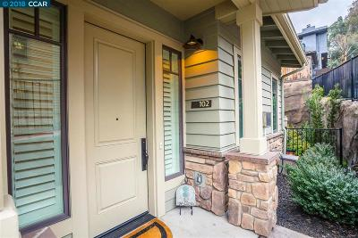 Lafayette Condo/Townhouse For Sale: 1001 Woodbury Rd #102