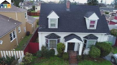 Oakland Single Family Home For Sale: 9821 Sunnyside St