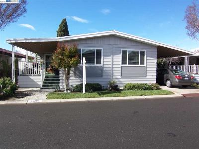Hayward Mobile Home For Sale: 29285 Nantucket Way
