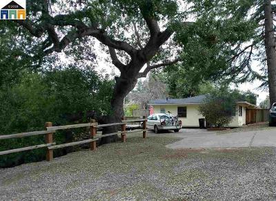 Hayward Multi Family Home For Sale: 23979 Madeiros Ave
