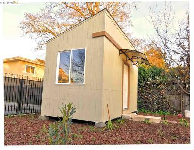 Oakland Single Family Home For Sale: 2206 E 21 Street
