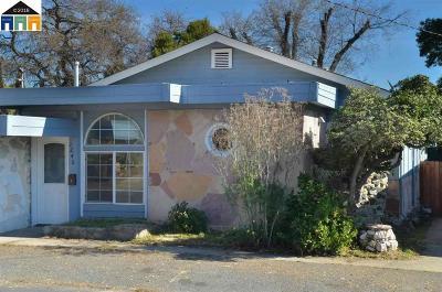 Martinez Single Family Home For Sale: 1240 Vine Ave