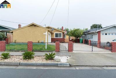 Hayward Single Family Home For Sale: 32283 Amelia Ave