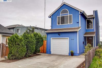 Oakland Single Family Home For Sale: 2039 E 22nd St