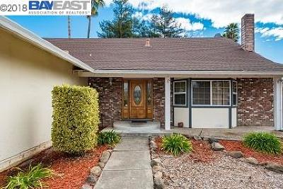 Sonoma County Single Family Home For Sale: 5620 Country Club Dr