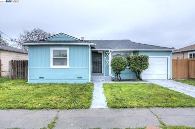Oakland Single Family Home For Sale: 440 Rossmoor Ave