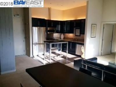 Emeryville Condo/Townhouse For Sale: 1001 46th Street #504