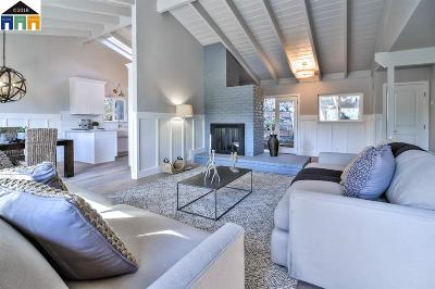 Oakland Single Family Home For Sale: 6828 Chambers Dr
