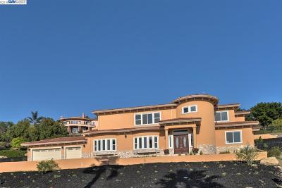 Fremont Single Family Home For Sale: 44631 Highland Pl