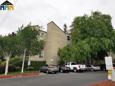 Livermore Condo/Townhouse For Sale: 1087 Murrieta Blvd #129