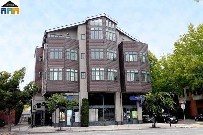 Berkeley Condo/Townhouse For Sale: 2628 Telegraph Ave #404
