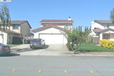 Newark Single Family Home Price Change: 37462 Long St