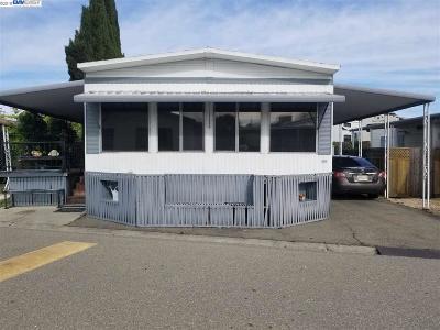 Livermore Mobile Home For Sale: 1720 Montecito Cir