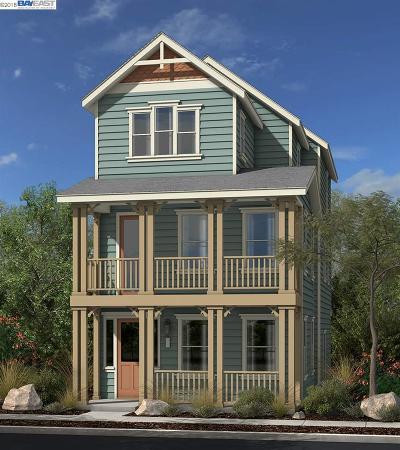 Hercules Single Family Home For Sale: 1960 Shasta Lane