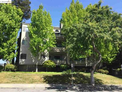Hayward Condo/Townhouse For Sale: 25938 Kay Ave #114