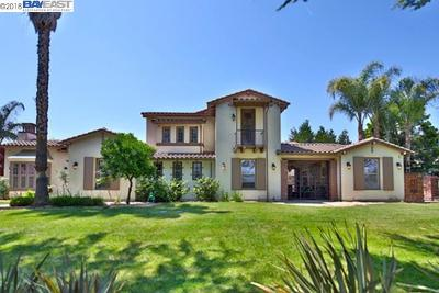 Tracy CA Single Family Home Active - Contingent: $1,199,950