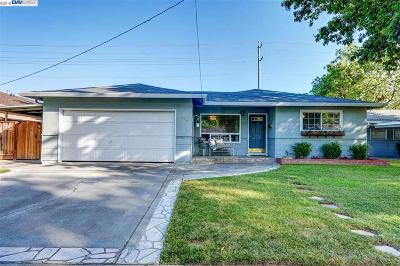 Pleasanton Single Family Home For Sale: 4144 Jensen St
