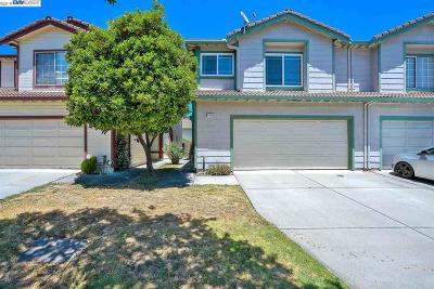 Newark CA Condo/Townhouse For Sale: $948,000