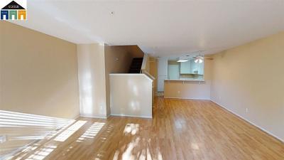 Tracy Condo/Townhouse For Sale: 2216 Sudbury Ct