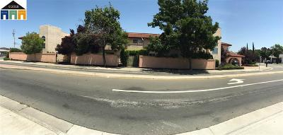 San Pablo Multi Family Home For Sale: 2001 Broadway