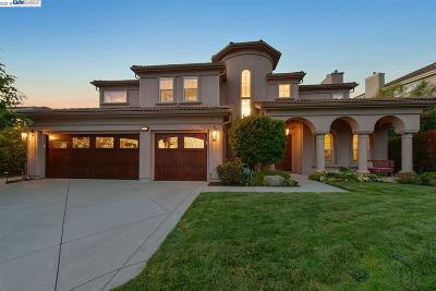 San Ramon Single Family Home For Sale: 3515 Ashbourne Cir
