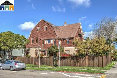 Berkeley Multi Family Home For Sale: 2447 Derby Street