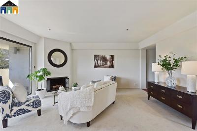 Oakland Condo/Townhouse New: 655 Chetwood #305